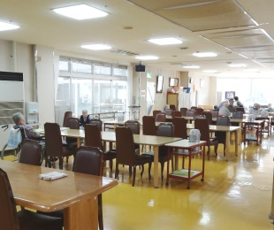 舞台付き集会室2